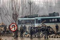 पुलवामा हमला: विभिन्न संगठनों और लोगों ने शहीदों के परिजनों के लिए आर्थिक मदद दी