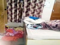 चोरों ने तोड़े घर के ताले, मामला दर्ज कर छानबीन में जुटी पुलिस