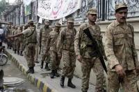 पुलवामा के बाद पाक सेना पर भी आत्मघाती हमला, 9 की मौत, 11 घायल : रिपोर्ट
