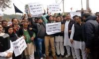 भाजपाइयों ने नवजोत सिंह सिद्घू के खिलाफ किया प्रदर्शन