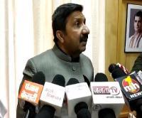 कश्यप के बयान पर भड़का विपक्ष, इस्तीफे की मांग, CM बने अनजान (Video)