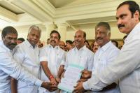 द्रमुक, कांग्रेस ने अन्नाद्रमुक-पीएमके गठबंधन पर निशाना साधा
