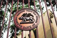RBI के PCA नियमों के दायरे से बाहर आएंगे 3 बैंक!