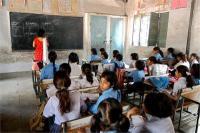 रोक के बावजूद अध्यापकों से लिए जा रहे गैर-शैक्षिक काम