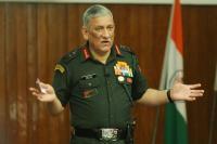 सेना हर चुनौती के लिए तैयार, देश को नहीं देंगे झुकने: जनरल रावत