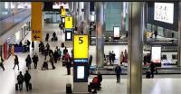 लंदन के एयरपोर्ट और रेलवे स्टेशन पर 3 बम मिले, एक फटा