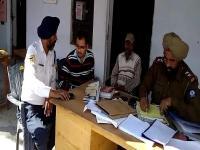 खुद को IAS अधिकारी बता पुलिस पर झाड़ रहा था रौब, ऐसे खुली पोल