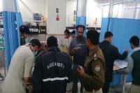 अपराधियों के हौसले बुलंदः दंपत्ति पर बरसाईं अंधाधुंध गोलियां, अस्पताल में भर्ती