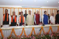 गुजरात: रूपाणी ने किया मंत्रिमंडल का विस्तार, कांग्रेस छोड़कर आये चावड़ा बने मंत्री