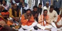 जब पुजारी से कहने लगे यूपी BJP अध्यक्ष, 2 मिनट में पूजा कीजिए, पता नहीं कब आचार संहिता हो जाए लागू