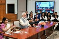 PM मोदी ने वीडियो कॉन्फ्रेंस से शेख हसीना से की बात, बस सेवा की शुरुआत की
